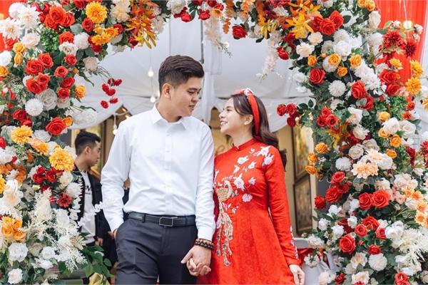 Chuyện tình đẹp trong khu cách ly của chàng y sĩ và cô du học sinh Hà thành