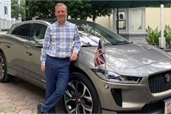 """Ô tô điện Jaguar I-Pace đầu tiên về Việt Nam, """"chủ xe"""" gây chú ý hơn cả"""