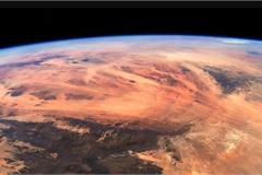 Tấm ảnh Trái đất tươi đẹp nhìn chẳng khác gì sao Hỏa cằn cỗi