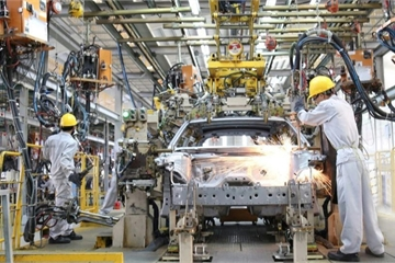 """Bộ Tài chính yêu cầu các hãng ô tô trong nước """"ăn khế"""" thì phải """"trả vàng"""""""