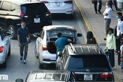 Phí xe ra vào sân bay: Xóa bài chơi ván mới, hết cảnh bức xúc lúc trả tiền?