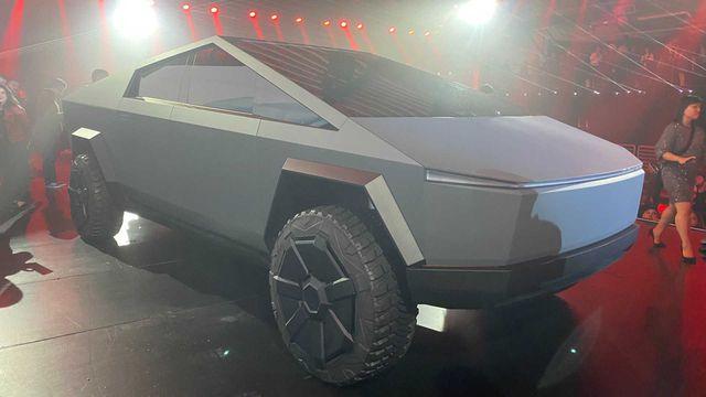 Hinh dang ky di cua xe ban tai chong dan Tesla Cybertruck hinh anh 13