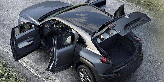Chốt giá bán xe điện đầu tiên trong lịch sử hãng Mazda