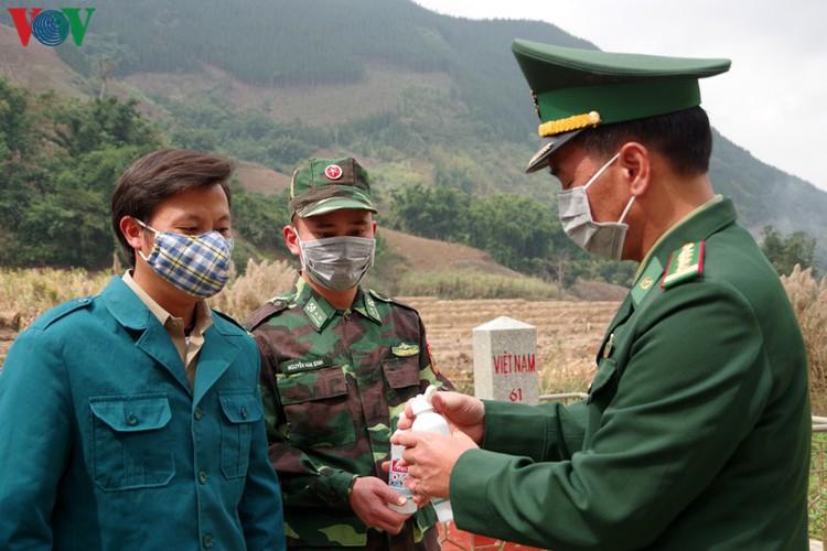 border guards undergo hardships combating covid-19 epidemic hinh 12