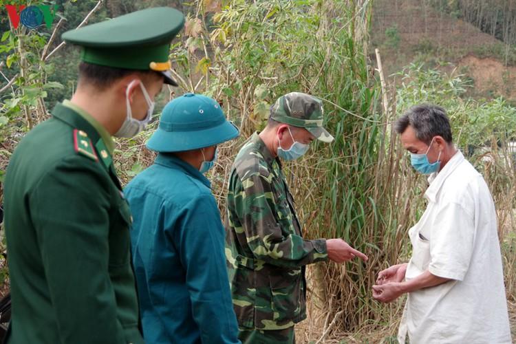border guards undergo hardships combating covid-19 epidemic hinh 4