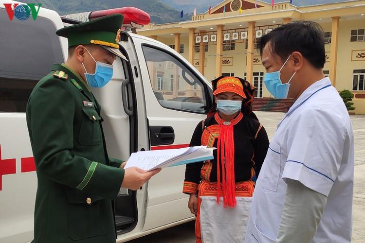 border guards undergo hardships combating covid-19 epidemic hinh 6