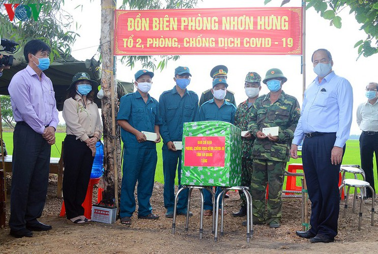 covid-19: a firm protective shield erected along south-western border hinh 17