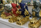 Mice-shaped ceramic products go on sale in Bat Trang Village