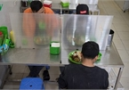Restaurants implement measures to combat COVID-19