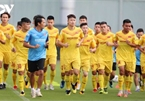 Vietnam U22 players train hard in anticipation of SEA Games 31