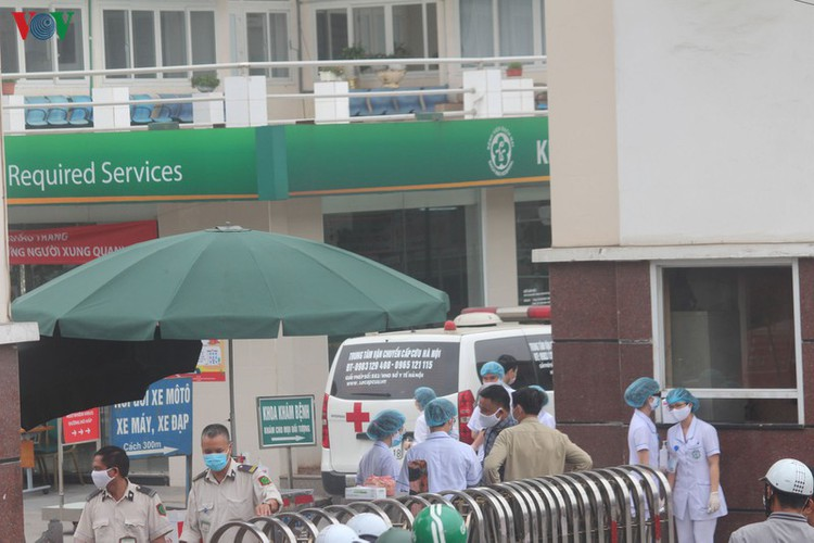 hanoi hospital under scrutiny after covid-19 infection hinh 2