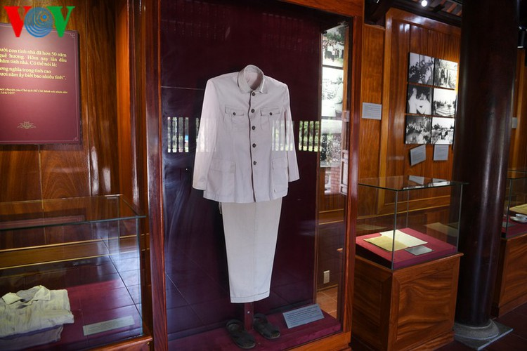 a look at president ho chi minh's house throughout his childhood hinh 15