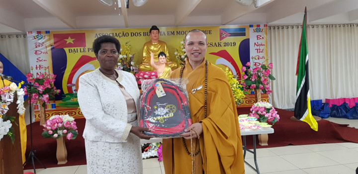 vietnamese citizens in mozambique celebrate buddha's 2563rd birthday hinh 5
