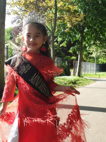 elsa thien long crowned mini miss diamond vietnam hinh 4