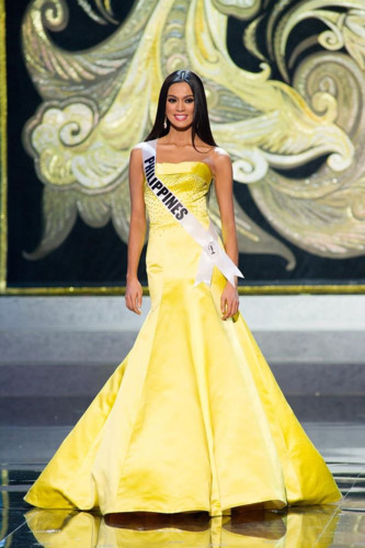 yellow evening gown worn by h'hen nie wins miss universe award hinh 5