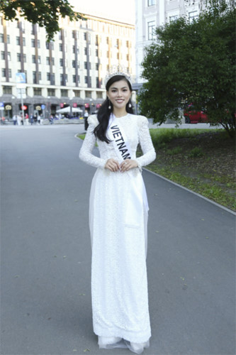 quynh nhu awarded first runner-up title in miss & mrs top of the world hinh 4