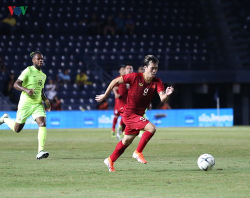 17 vietnamese footballers make appearance in king's cup 2019 hinh 15