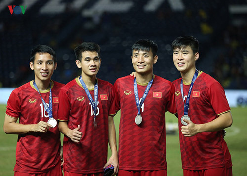 17 vietnamese footballers make appearance in king's cup 2019 hinh 7