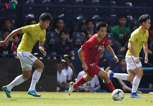 17 vietnamese footballers make appearance in king's cup 2019 hinh 9
