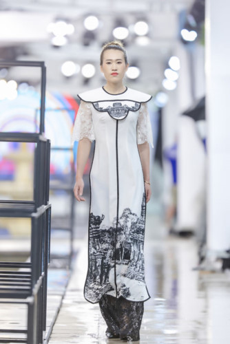 designer ha duy unveils debut collection at kunming fashion week hinh 4