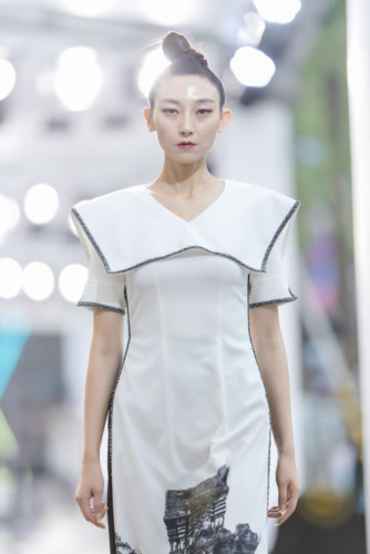 designer ha duy unveils debut collection at kunming fashion week hinh 7