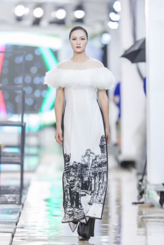 designer ha duy unveils debut collection at kunming fashion week hinh 9