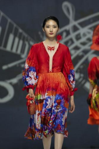 designer hoai nam represents vietnam at asean week 2019 hinh 3
