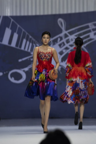 designer hoai nam represents vietnam at asean week 2019 hinh 4