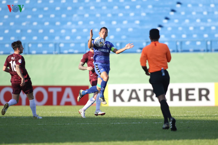 binh duong victorious in afc cup's asean zonal semi-final first leg hinh 4