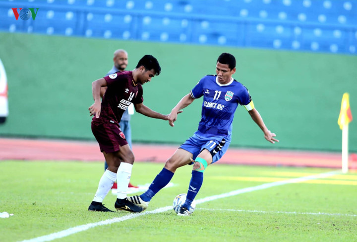 binh duong victorious in afc cup's asean zonal semi-final first leg hinh 9