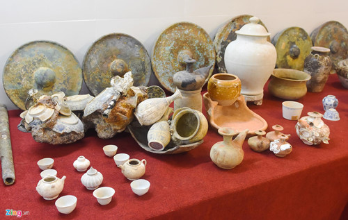 quang ngai hosts exhibition featuring treasures of ancient shipwrecks hinh 12