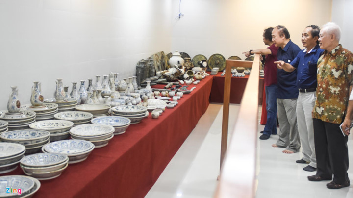quang ngai hosts exhibition featuring treasures of ancient shipwrecks hinh 1