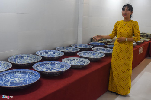 quang ngai hosts exhibition featuring treasures of ancient shipwrecks hinh 2