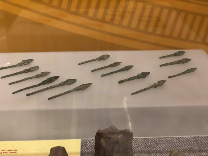 artifacts take guests on historic journey at hanoi exhibition hinh 4