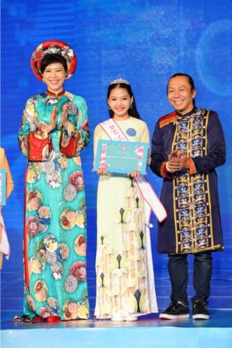 bao nguyen wins little miss ao dai vietnam 2019 crown hinh 4