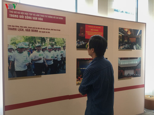 photo exhibition celebrates anniversary of hanoi's recognition as city for peace hinh 17