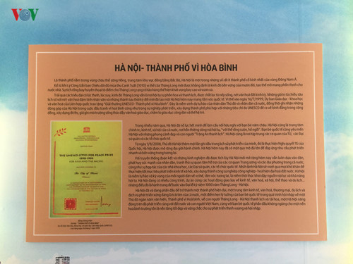 photo exhibition celebrates anniversary of hanoi's recognition as city for peace hinh 4