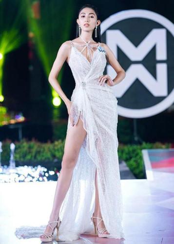top 3 contestants of miss world vietnam's top model segment revealed hinh 12