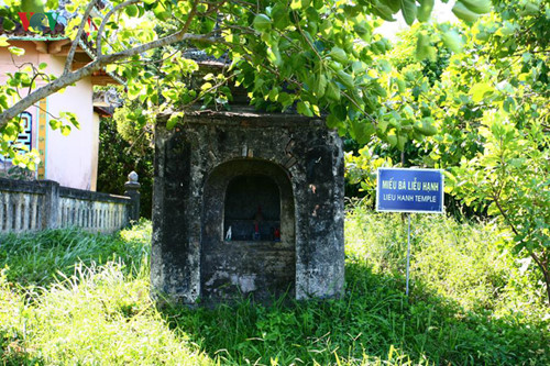 images from the peaceful ancient village of phuoc tich hinh 14