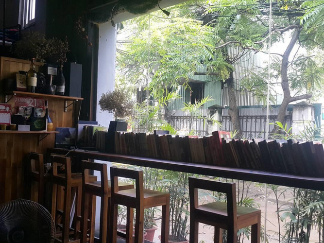 top six unmissable coffee shops in hanoi hinh 4