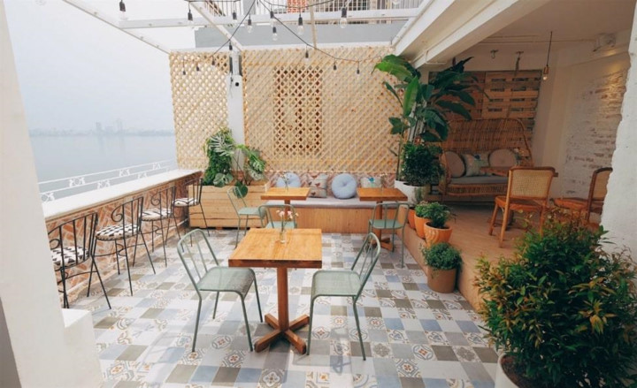 top six unmissable coffee shops in hanoi hinh 6