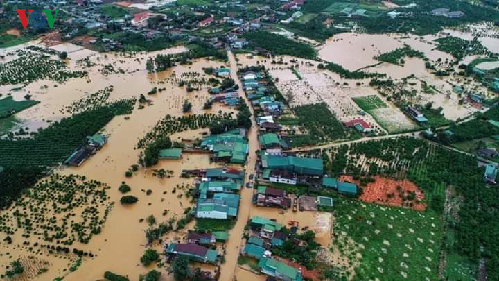 central highlands region suffers worst flooding in a decade hinh 5