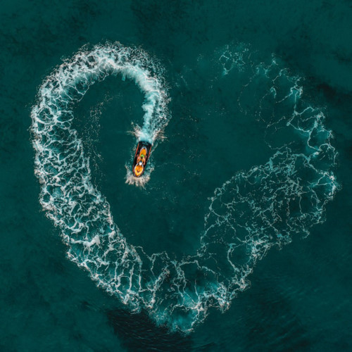 local photographer bags top 50 spot in agora images's #love2019 contest hinh 3