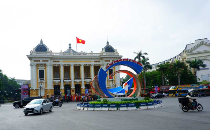 hanoi spruced up for august revolution and national day hinh 1