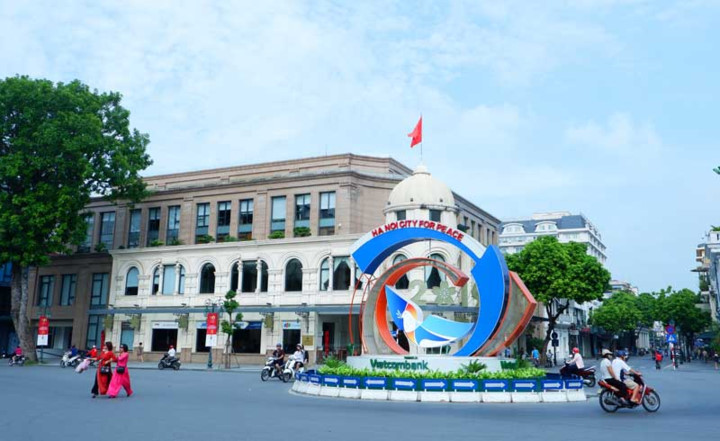 hanoi spruced up for august revolution and national day hinh 2