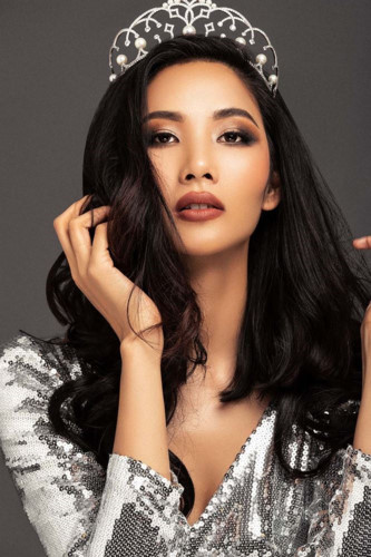 hoang thuy listed on several global beauty rankings ahead of miss universe 2019 hinh 7