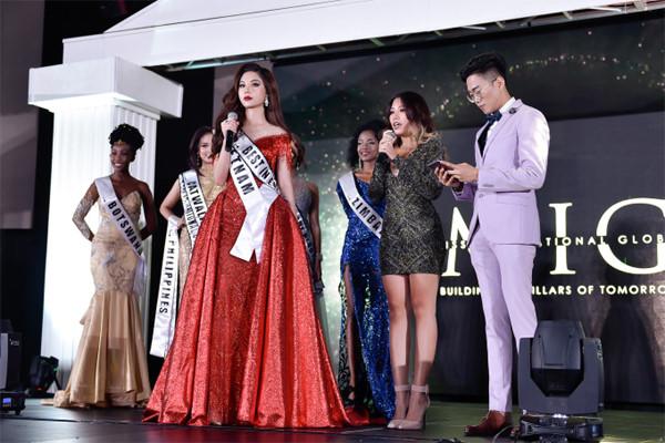 my huyen wins miss international global 2019 crown hinh 6