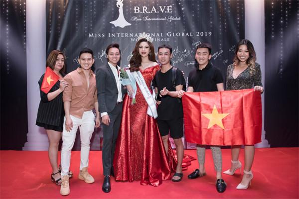 my huyen wins miss international global 2019 crown hinh 9