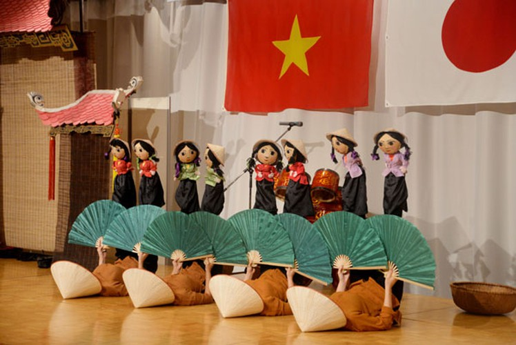 vietnamese culture put on display during niigata festival in japan hinh 5