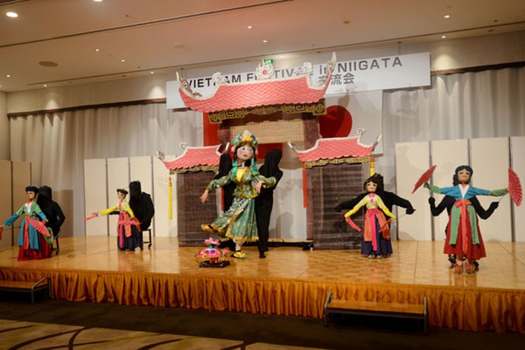 vietnamese culture put on display during niigata festival in japan hinh 7